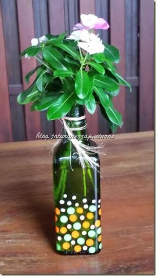 Artesanato - Garrafinha verde Marion 14 maio dia mães