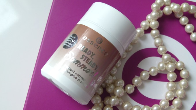 essence Ready Steady Summer instant refresh dry shampoo powder