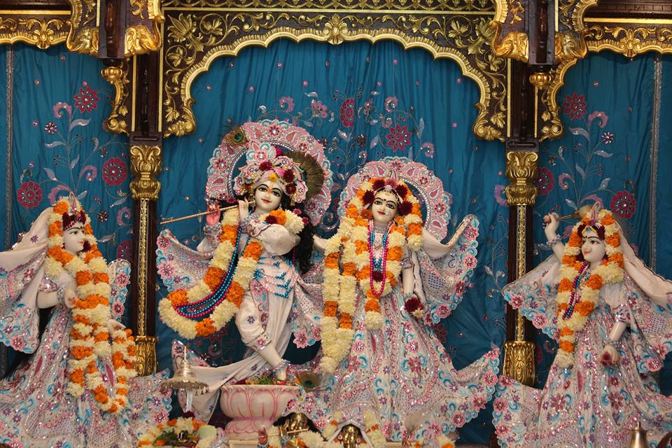 ISKCON Kanpur Deity Darshan 17 Dec 2015 (5)