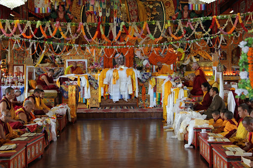 SerkongDorjeChang,DhakpaRinpoche,DagriRinpoche,LamaLhundrup,Khadro-laduringlonglifepuja,KopanMonastery,June2011.