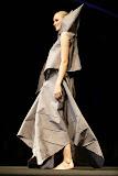 – Zpresentace nastavení 1 sec.IMA -PRINCEZNY finále Top Styl Designer 2006 UNIVERSE VERSE UNI -střih bezezbytku - společenský oděv