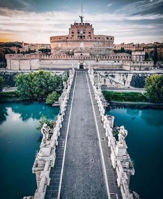 bangunan unik di roma
