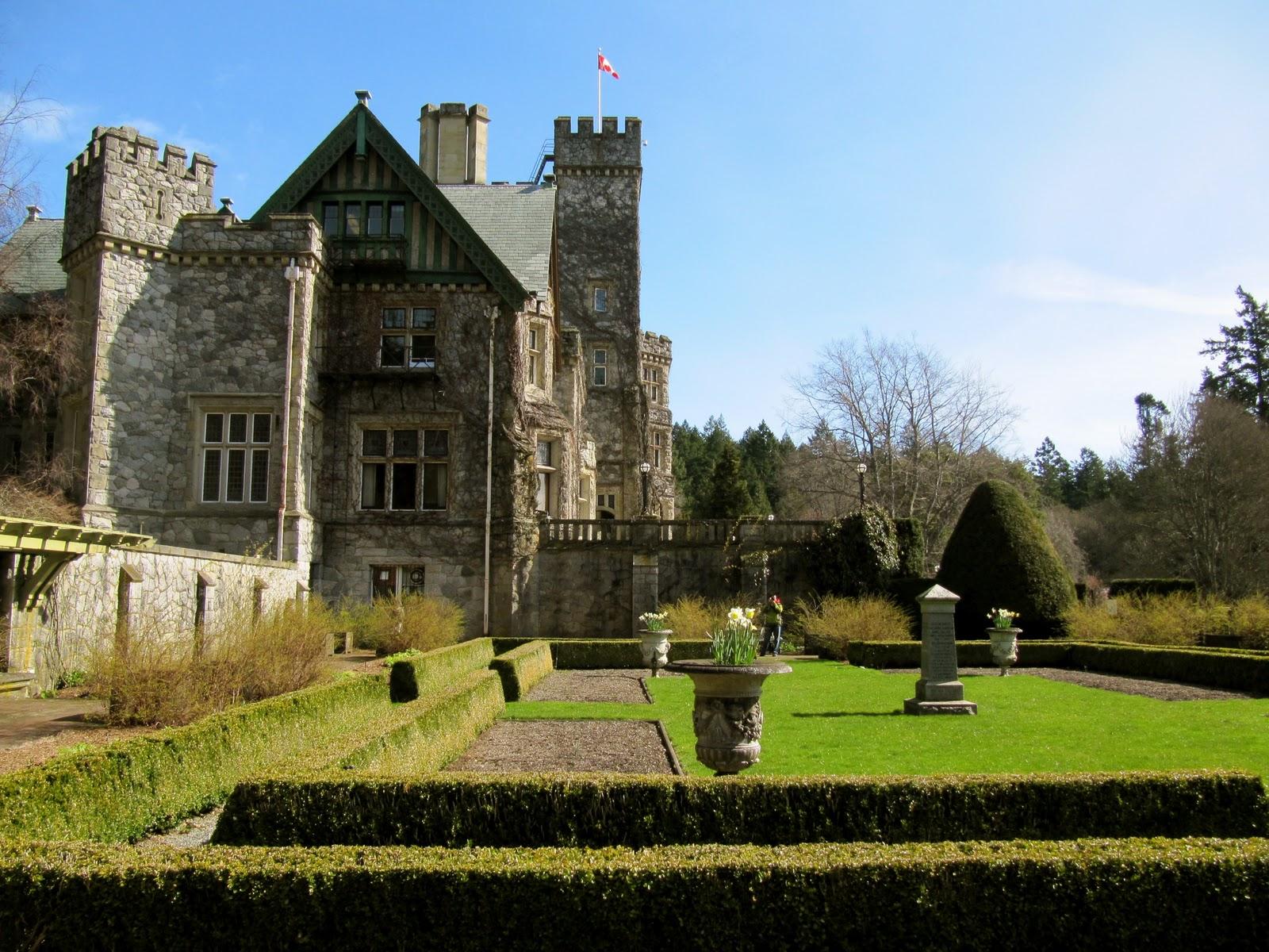 Victoria Gardens Canada >> travelousness: Hatley Castle