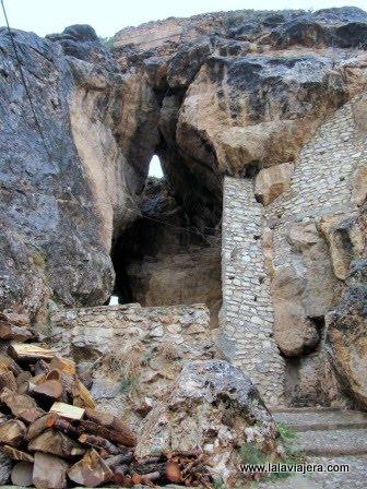 Cueva de los Moros, en Ayna