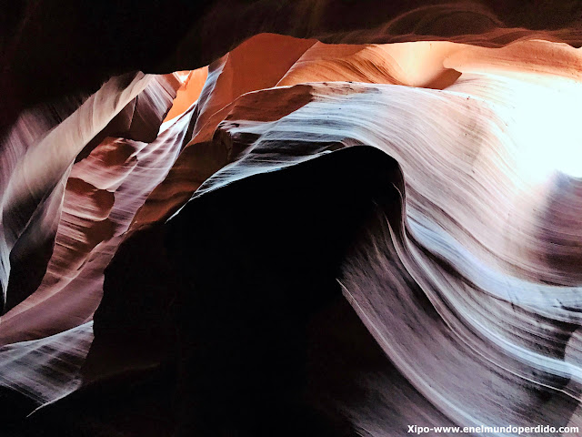 upper-antelope-canyon.JPG