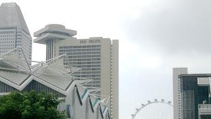 遠巻きに見たPan Pacific Singapore
