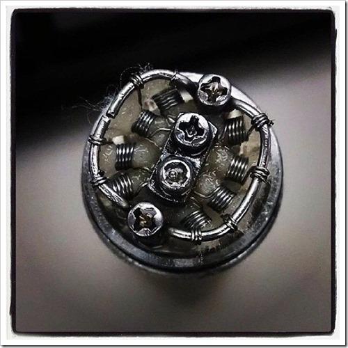 tumblr nea0qdJy961u1hs65o1 1280 thumb%25255B3%25255D - 【ビルド】コイルが奏でるVAPEの芸術「コイルアート」写真集【Art of Coil】