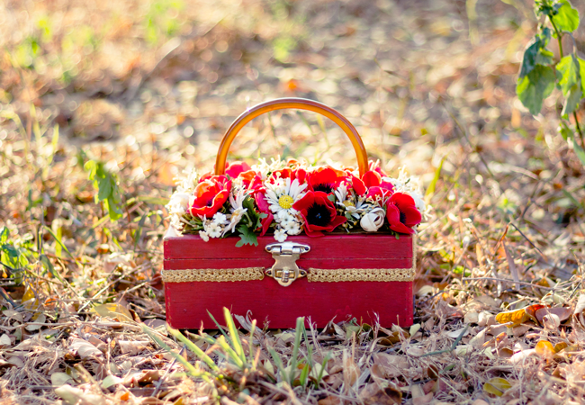 Vintage box handbag with poppies & daisies | Lavender & Twill