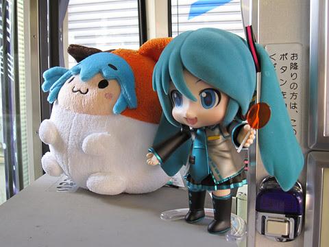 札幌市電 3302号「雪ミク電車」2014Ver 車内展示物 ねんどろいどミク その1