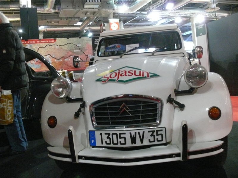 [SALON] Retromobile 2012 Small_P1100614