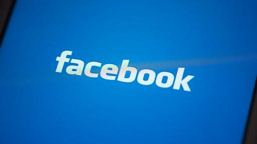 Man violates parole with Facebook post showing off guns, cash, and marijuana
