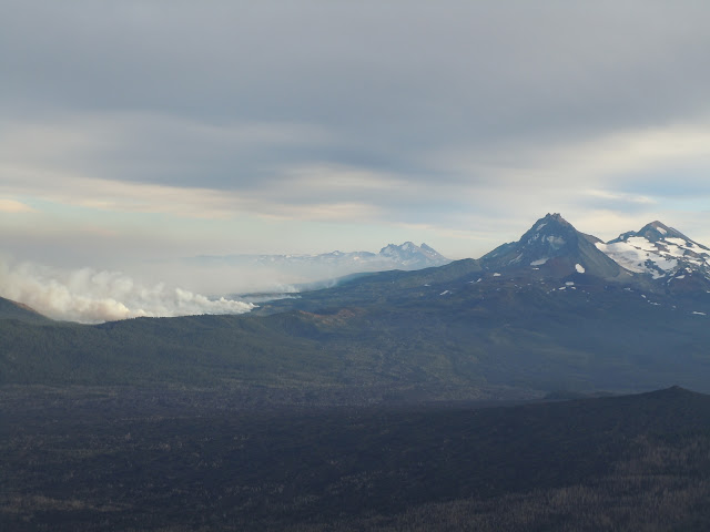 Pole Creek Fire from Mt Washington Summit