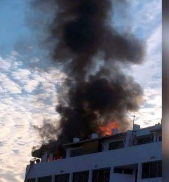 Pusat Beli-belah Tertua Di Kuching, Wisma Hopoh Terbakar