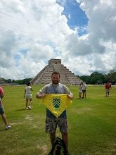 Photo: Roberto Tornos en Templo de Kukulcán, (ubicado en Chichén Itzá, México, una de las Las nuevas siete maravillas del mundo moderno)