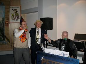Photo: Fröhliche Musik zum Fasching in der Stadthalle