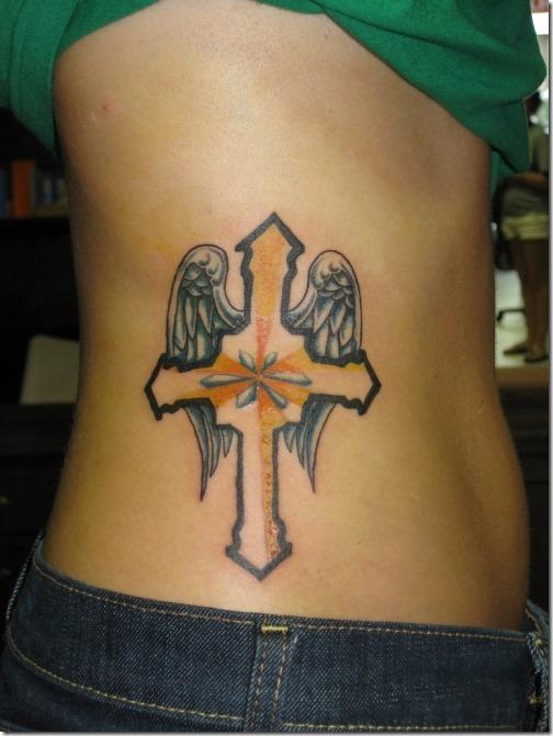 adorable croix idées de tatouage pour les filles - idées et photos