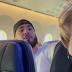 """Homem se recusa a usar máscara em avião e ameaça """"quebrar pescoço de alguém"""""""