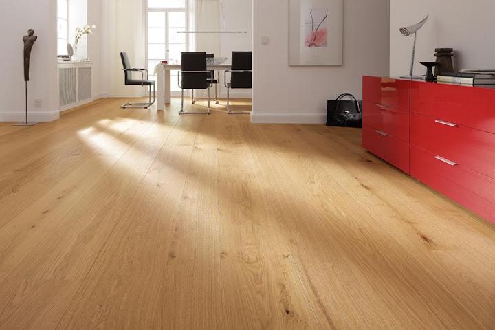 Màu ván lát sàn cũng rất quan trọng trong độ rộng của căn phòng