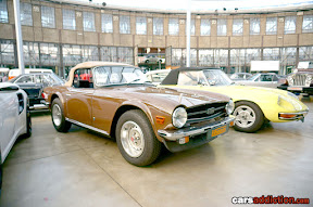 Triumph TR6 and Alfa Spider