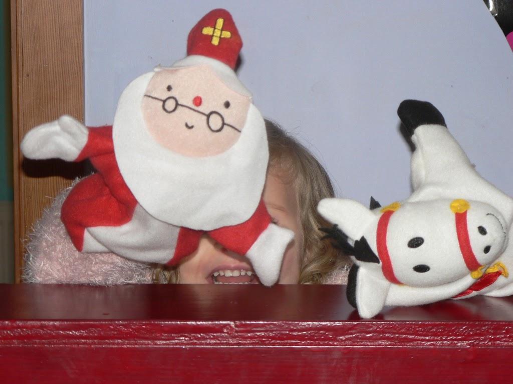 Sinterklaas op bezoek - P1270294.JPG