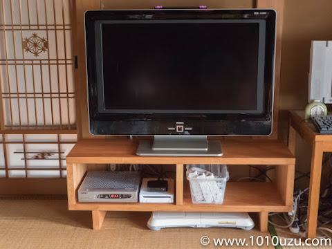 DIYしたテレビ台を設置