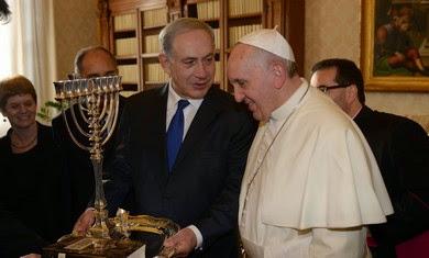 Pope Francis receives Israeli PM Benjamin Netanyahu
