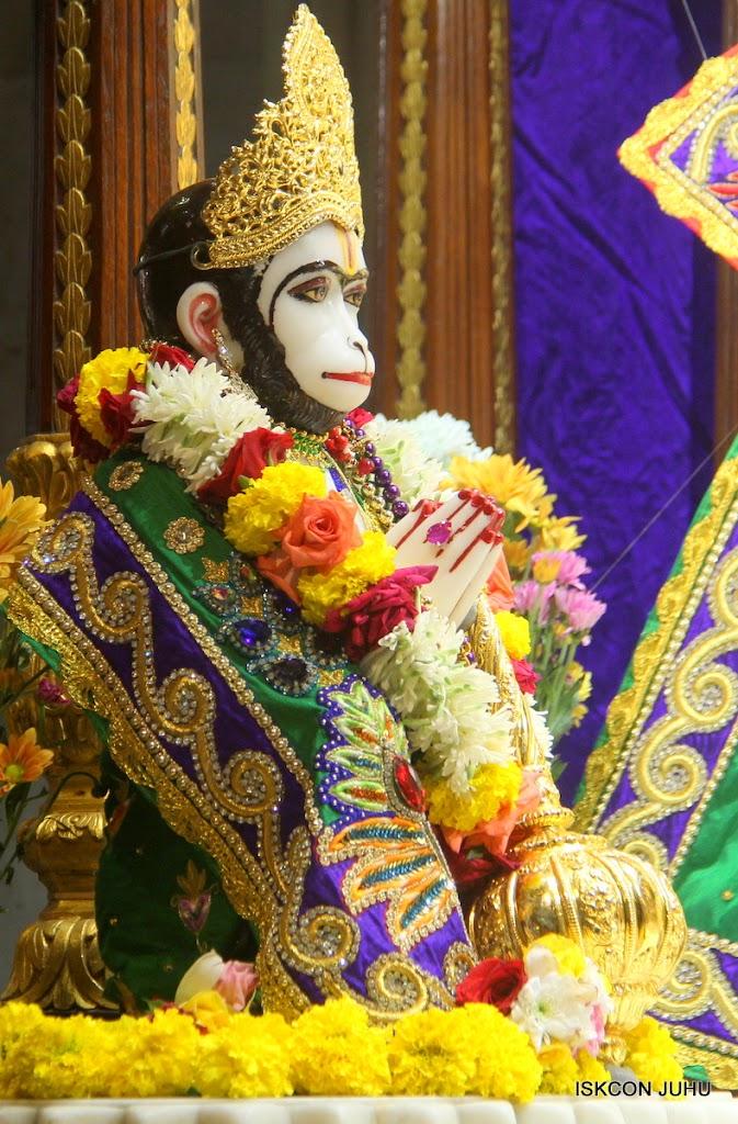 ISKCON Juhu Sringar Deity Darshan on 31st July 2016 (16)