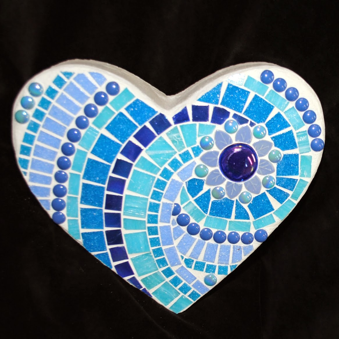 Aegean Sea Mosaic Heart Stepping Stone MOO5051