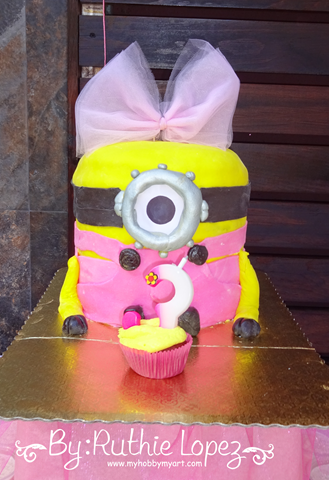 Minion Girl Birthday Party - Cakepops - SnapDragon Snippets - Ruthie Lopez - My Hobby My Art 14