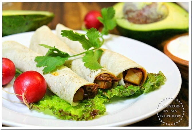 Taquitos de carne con papas2copy