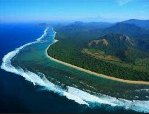 wisata populer dan keren pantai lombok
