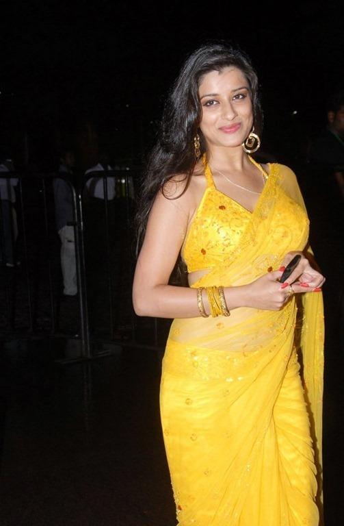 Madhu hot pics (16)