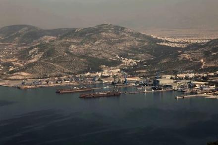 Θαλάσσια ρύπανση στον κόλπο της Ελευσίνας