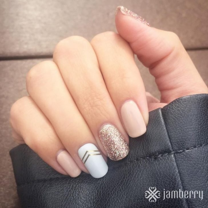 Gel Winter Nail Art