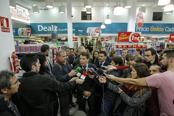 Abre a primera tienda británica Dealz en Bravo Murillo