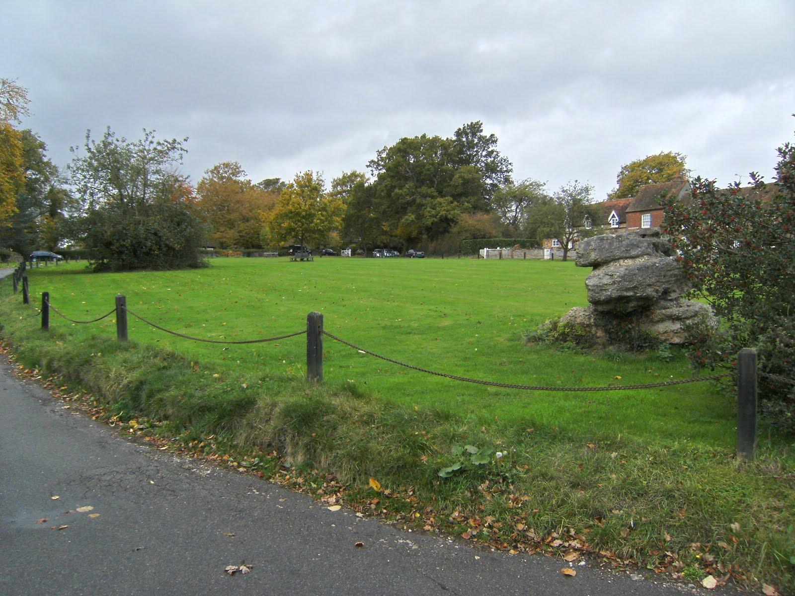DSCF2155(1) The Lee village green
