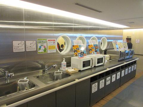津軽海峡フェリー「ブルーマーメイド」 オートレストラン その2