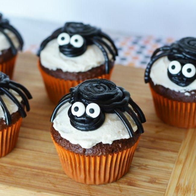 [Black-Spider-Cupcakes%5B3%5D]