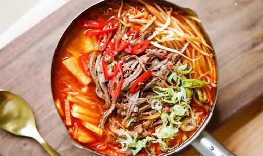 Súp bò cay kiểu Hàn