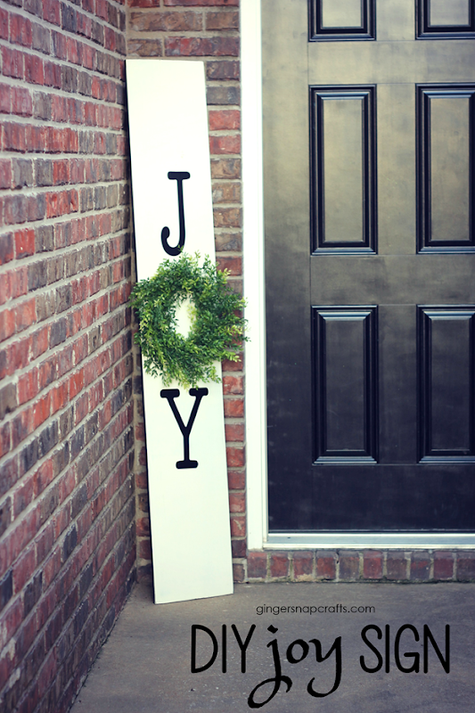 DIY Joy Sign at GingerSnapCrafts.com #holiday #crafts #DIY