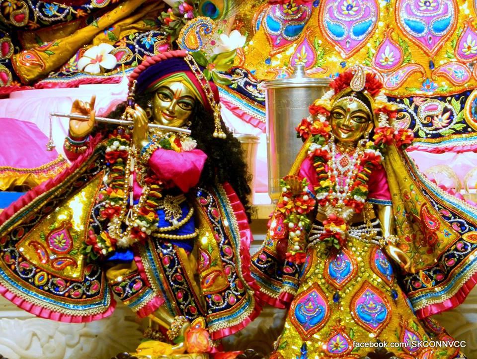 ISKCON Pune Deity Darshan 21 Dec 2015  (2)