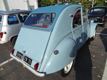 2015.10.11-004 Citroën 2 CV 1957 et sa miniature