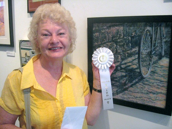 Third Place: Linda Wilmes