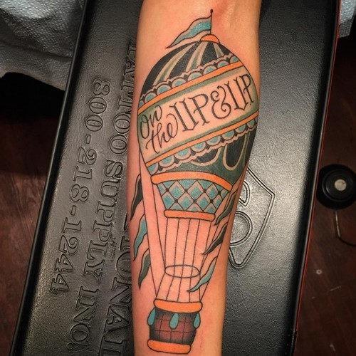 este_significativo_de_balo_de_ar_quente_tatuagem