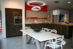 Valcucine cucina artematica vetro bronzo piano in vetro in expo a Zogno Bergamo