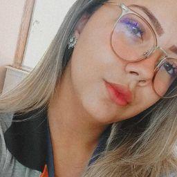 Leandra Rocha Photo 3