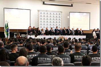 Posse Agentes Penitenciarios_Demis Roussos (1)