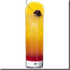 коктейль из виски со льдом