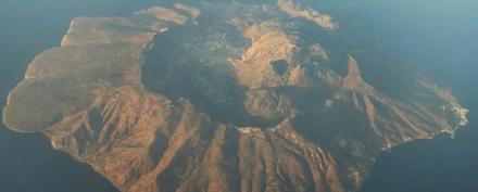 """Τα ελληνικά ηφαίστεια στο μικροσκόπιο των επιστημόνων - """"Κοιμούνται"""" προς το παρόν, αλλά..."""