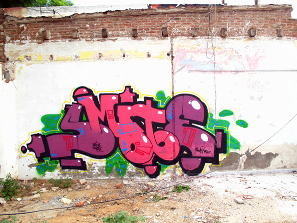 smote_by_nexie_black_magic_graffiti_montana_colors_mtn